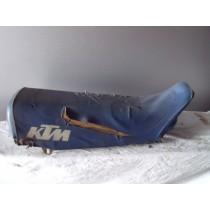 KTM Buddy seat / 048